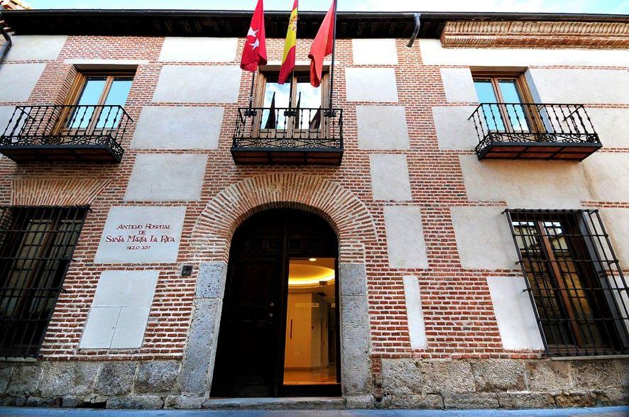 Vuelven las exposiciones del antiguo Hospital de Santa María La Rica